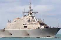 سیانان: کشتیها و هواپیماهای جنگی آمریکا برای حمله به سوریه آمادهباش هستند