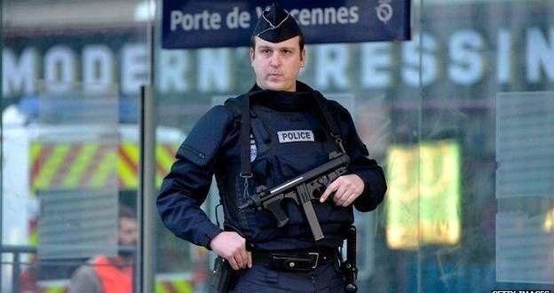 ادامه تظاهرات علیه خشونت پلیس برای دومین شب متوالی در پاریس