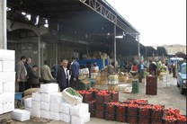 بازپیرایی بازار روز میدان آزادی کرمانشاه ر دستور کار است