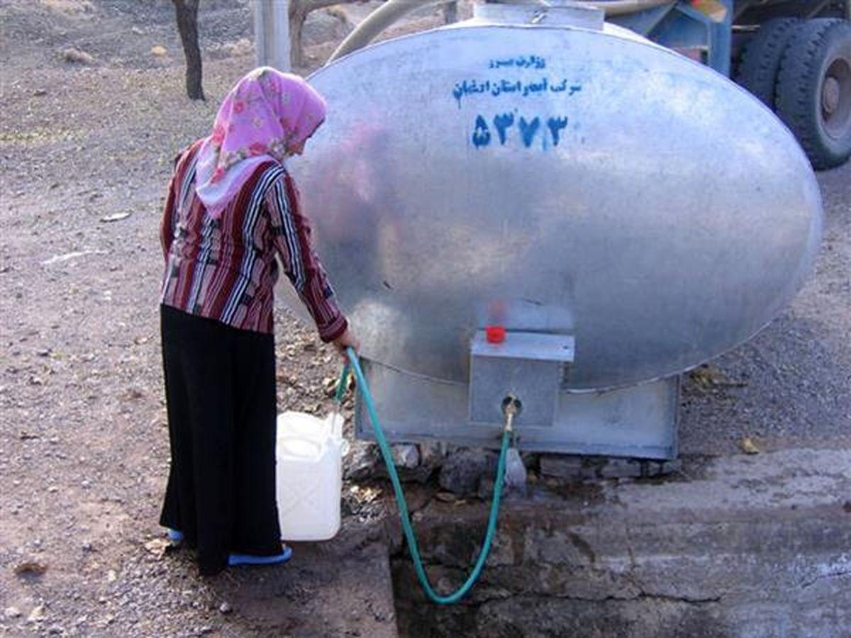 آبرسانی سیار به 305 روستای استان اصفهان در تابستان