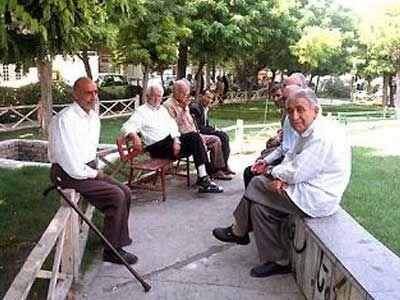 ۶ میلیون و ۴۰۰ هزار سالمند در ایران خدمات توانمندسازی دریافت میکنند