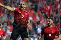 ترکیه به راحتی پیروز شد/ صربستان خارج از خانه به برتری رسید