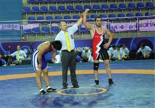 مسابقه انتخابی وزن ۸۴ کیلوگرم تیم ملی کشتی آزاد جوانان برگزار میشود