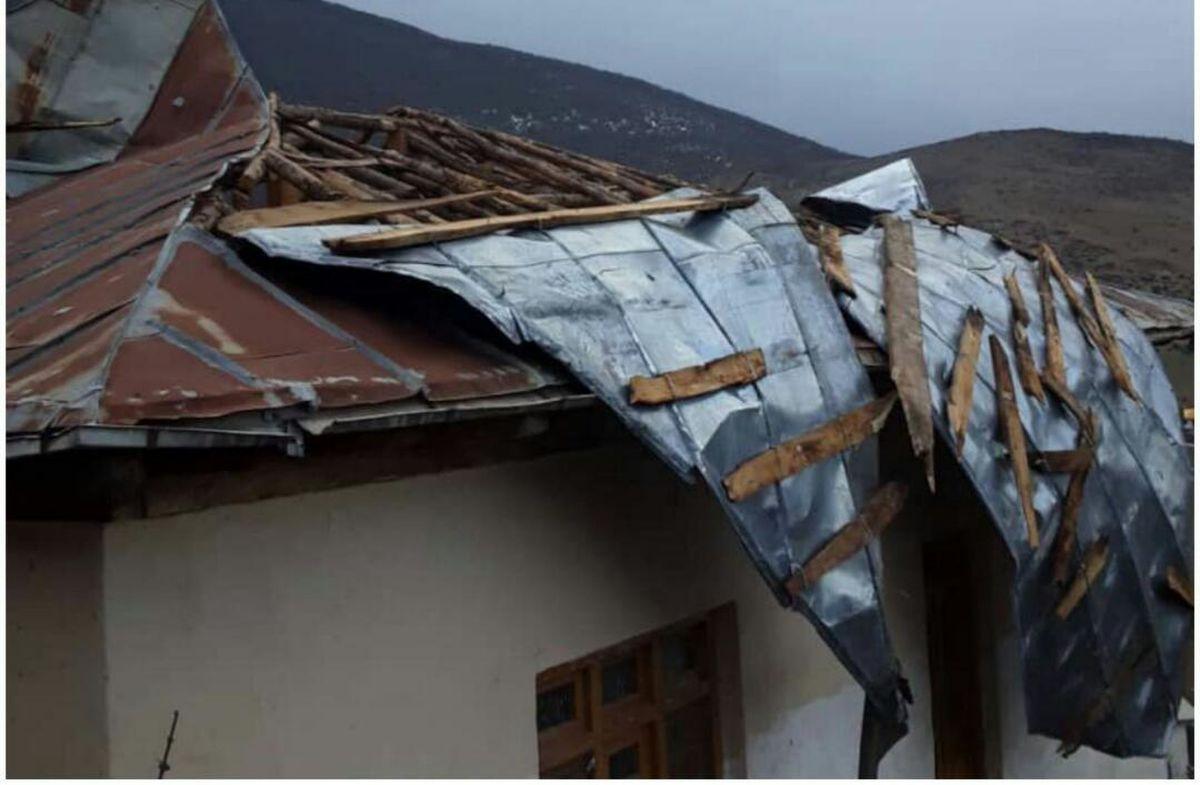 وزش تندباد شدید در بخش کجور نوشهر خسارت به بار آورد