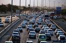 ترافیک نیمهسنگین در مسیر رفت محور قزوین کرج/دوازدهم و سیزدهم جاده بارانی و لغزنده است