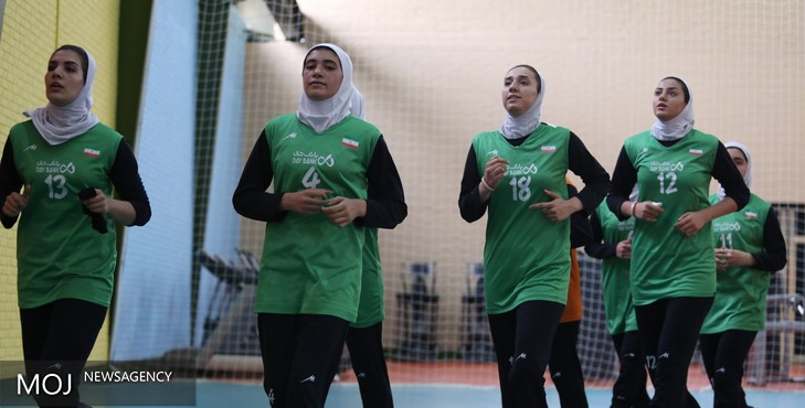 تیم ملی والیبال دختران روز استراحت خود را نیز تمرین کردند