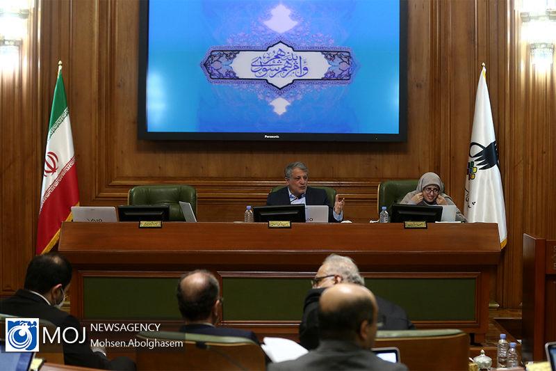 تلاش شورا برای خاک کردن فرمانداری در دقیقه ۹۰ / حق شناس: شاید خیابانی را به نام احمدی نژاد زدیم!