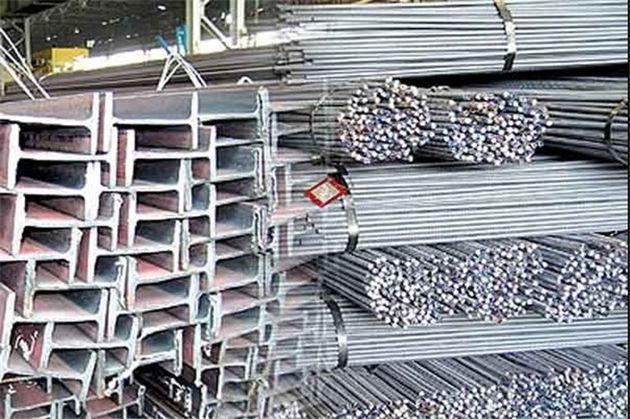 کشف 70 تن  آهنآلات احتکار شده در خمینیشهر