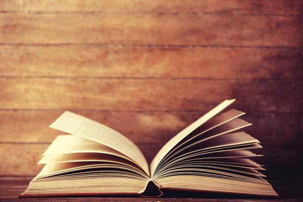 کتاب فریدون توللی منتشر می شود
