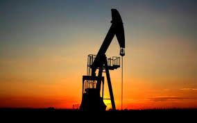کاهش قیمت نفت جهانی در واکنش به اشباع عرضه