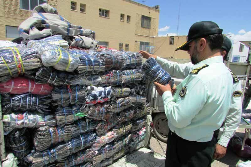 کشف کالای قاچاق از رانندگان اتوبوس مسافربری مسیر همدان
