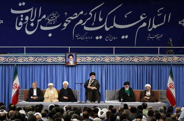 مسئولان نظام و سفرای کشورهای اسلامی با رهبر انقلاب دیدار کردند