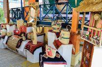 صادرات چهارمین محموله صنایع دستی تولیدی هنرمندان منطقه آزاد انزلی به امارات متحده عربی