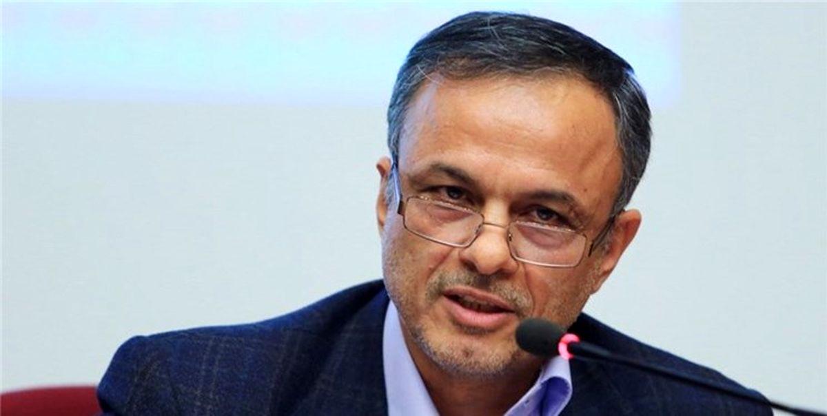 مجلس یک تصمیم انقلابی در خصوص حذف ارز ۴۲۰۰ و تک نرخی کردن ارز بگیرد