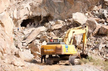 کارگرانی که در منطقه معدن منگنز یزد گم شده بودند نجات یافتند