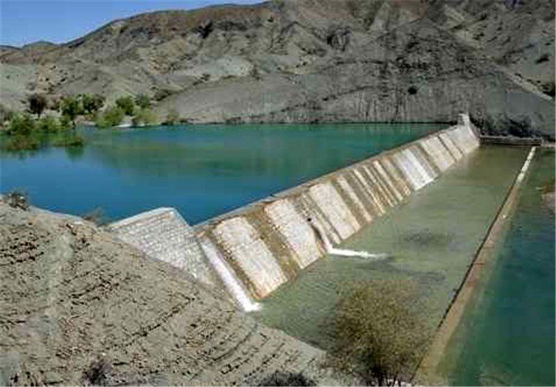 افتتاح پروژه  آبخیزداری احداث دیوار حفاظتی شهر لمزان