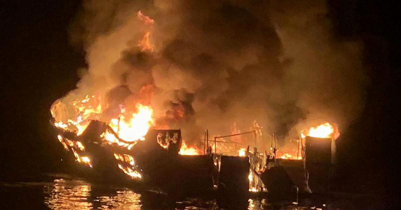 آتش سوزی در یک کشتی در کالیفرنیای آمریکا، 25 کشته برجا گذاشت