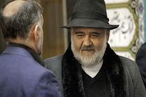 اکبر عبدی در قرنطینه است