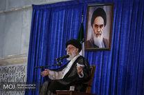 نام امام و انقلاب از هم جدا نیستند/مجال تحریف را از تحریف کنندگان بگیریم
