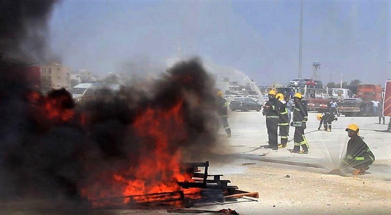 برگزاری مانور اطفای حریق جامدات و مایعات قابل اشتعال در بندرلنگه