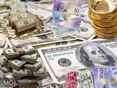 نرخ دلار و سکه در بازار آزاد افزایش یافت / بیش از ۸ دلاری اونس طلا افت کرد