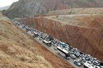 ترافیک سنگین جادههای شمالی کشور