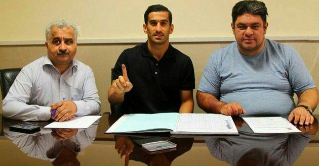 احسان حاج صفی با تراکتورسازی قرارداد رسمی بست