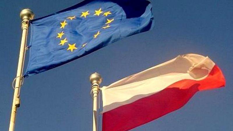 ادعای واهی وزیر خارجه لهستان / هیچ تروریستی در ورشو حضور ندارد