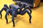 رباتهای عنکبوتی سازههایی با فیبر کربن میبافند