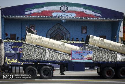 تسلیحات جدید نظامی در مراسم رژه نیروهای مسلح