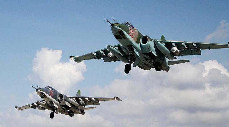 حمله بمب افکن های روسی به مواضع جبهه النصره در ادلب