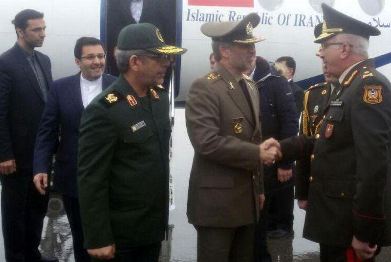 ایران و جمهوری آذربایجان قصد دارند روابط نظامی و دفاعی خود را گسترش دهند