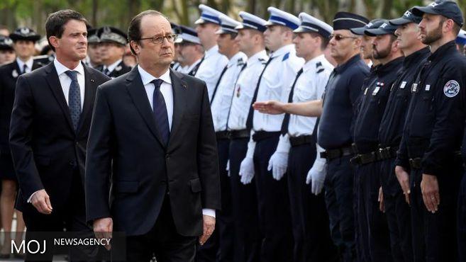 وقتی نیروی پلیس از دست دادن با رئیس جمهور خودداری می کند