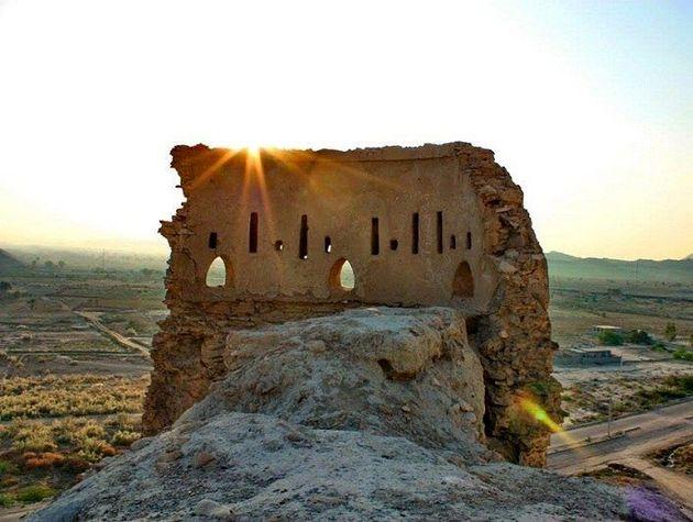 قلعه فین مرمت می شود