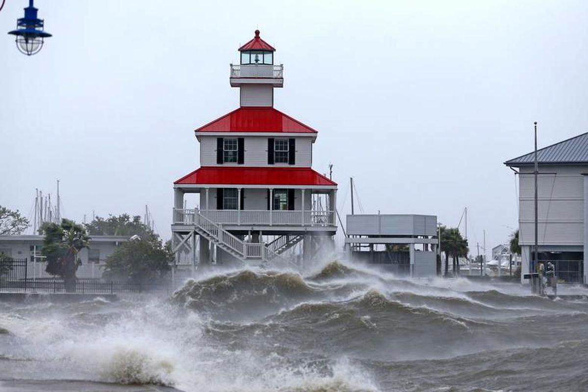 شرکتهای بیمه آمریکا از طوفان آیدا ۱۸ میلیارد ضرر دیدند
