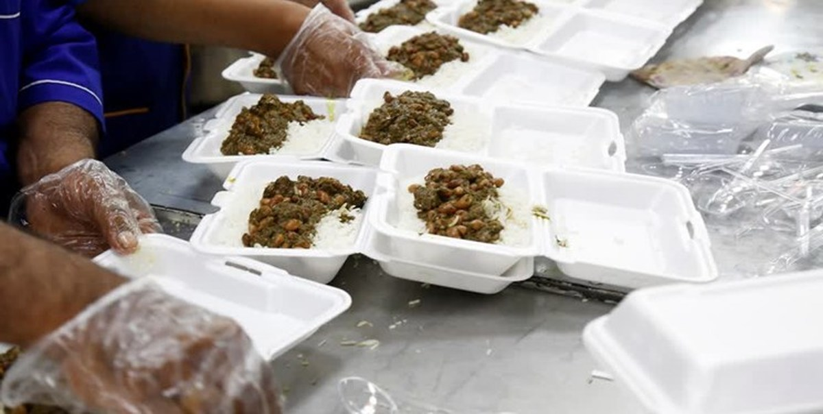 توزیع ۵۶۰۰ پرس غذای تبرکی و ۵۰ بسته معیشتی غدیرانه