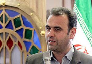 ارسال 2 کامیون حامل آب معدنی  اتاق اصناف اصفهان برای زلزله زدگان کرمانشاه