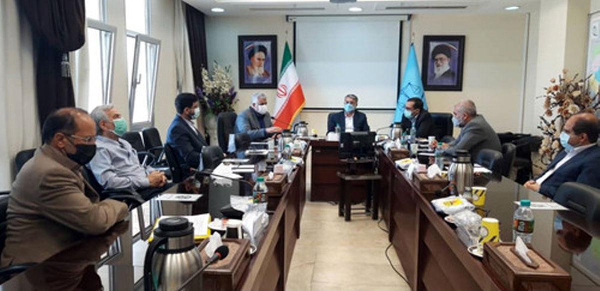ضرورت تشخیص و تمرکز بر شاخصه های اشتغال زندانیان در استان یزد