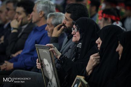 آغاز سال تحصیلی با حضور شهردار تهران در قطعه شهدای دانش آموز