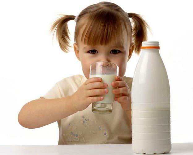 مصرف جایگزین های شیرگاو موجب کوتاه قدی می شود