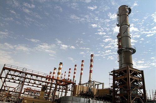 تولید روزانه 250 هزار بشکه فرآوردههای نفتی در پالایشگاههای بندرعباس