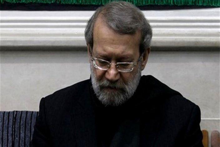 علی لاریجانی در منزل سردار شهید سلیمانی حضور یافت