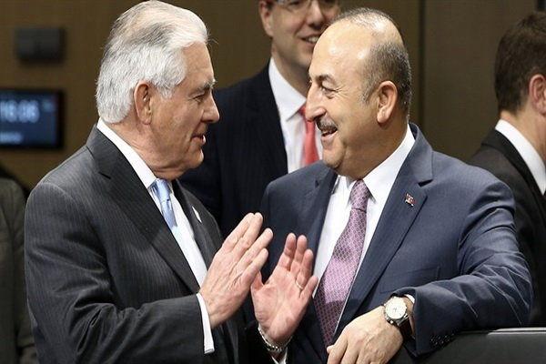 وزرای خارجه ترکیه و آمریکا تلفنی گفتگو کردند