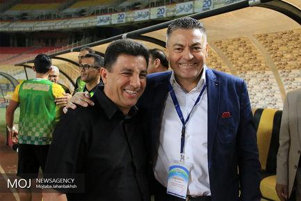 دیدار تیم های فوتبال سپاهان اصفهان و فولاد خوزستان