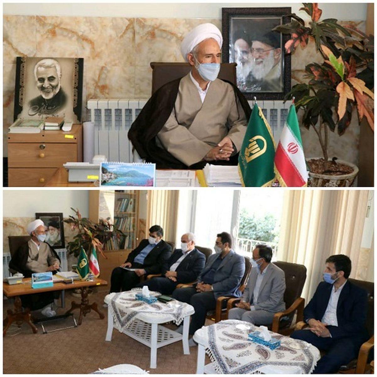 دیدار مدیر مخابرات اصفهان با امام جمعه نجف آباد