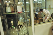 پیگیری 6 پروژه برای تولید واکسنهای نسل جدید نیوکاسل فوق حاد پرندگان