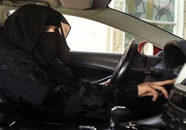 پلیس عربستان یک زن را به جرم رانندگی بازداشت کرد