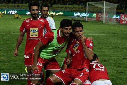 دیدار+تیم+های+فوتبال+پرسپولیس+و+سپاهان+اصفهان (3)