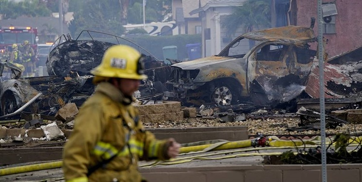 سقوط هواپیما در آمریکا/ دستکم ۲ نفر کشته شدند