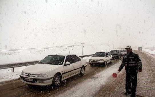محورهای مواصلاتی در استان اصفهان لغزنده است